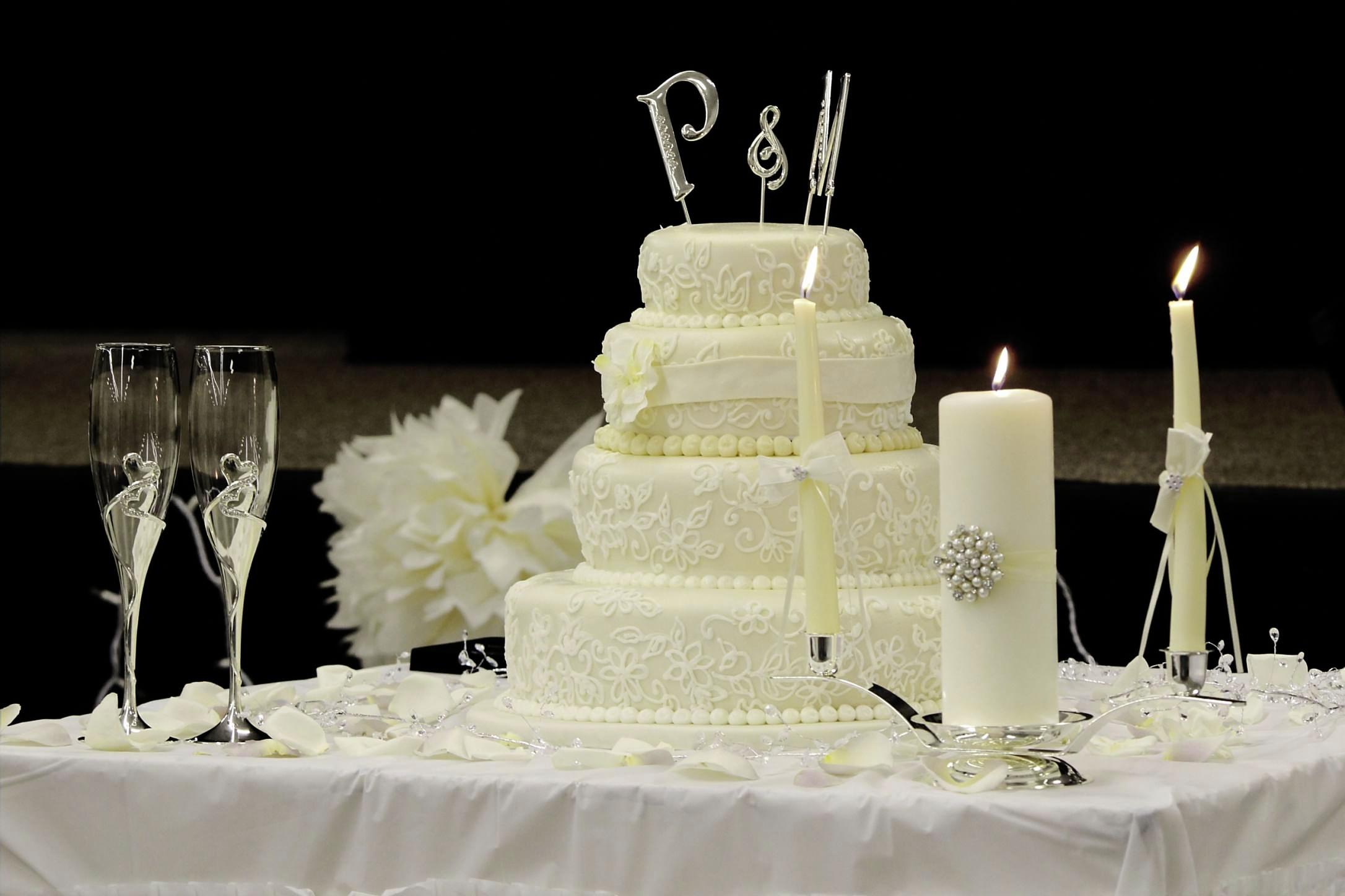 Astounding 11 Sams Club Music Cakes Photo Sams Club Wedding Cake Sams Funny Birthday Cards Online Aboleapandamsfinfo