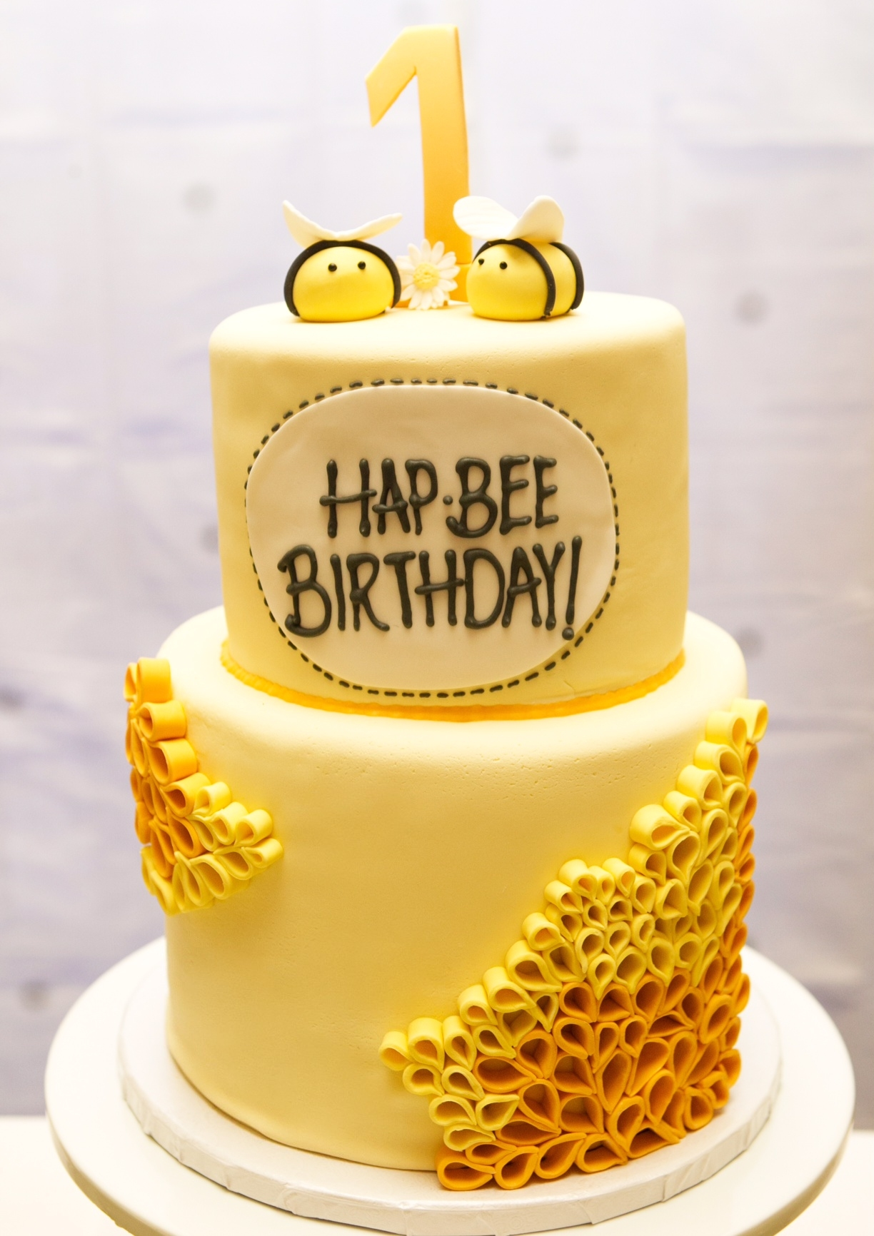 Prime 9 Honey Bee Birthday Cupcakes Photo Honey Bee Cupcakes Bumble Personalised Birthday Cards Paralily Jamesorg