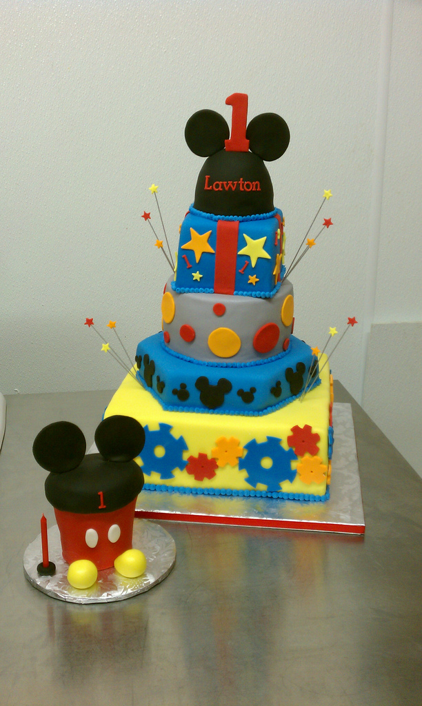 Fine 10 First Bithday Mickey Mouse Cake Cupcakes Photo Mickey Mouse Funny Birthday Cards Online Fluifree Goldxyz