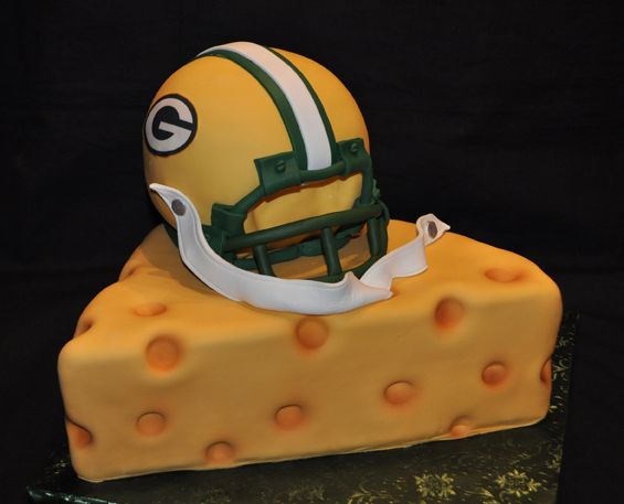 Stupendous 7 Cheesehead Birthday Cakes Photo Green Bay Packers Cake Green Personalised Birthday Cards Veneteletsinfo