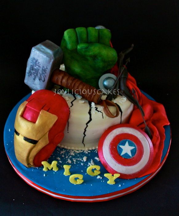 Groovy 8 Avenger Party Cakes Photo Avengers Birthday Cake Avengers Funny Birthday Cards Online Alyptdamsfinfo
