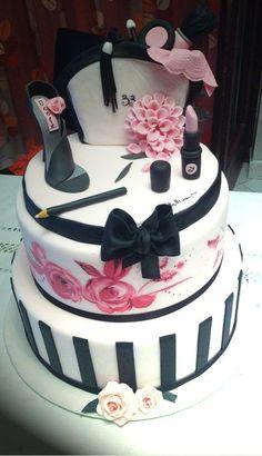 Excellent 8 Unique Birthday Cakes For Men Clothes Photo Man Birthday Cake Personalised Birthday Cards Paralily Jamesorg