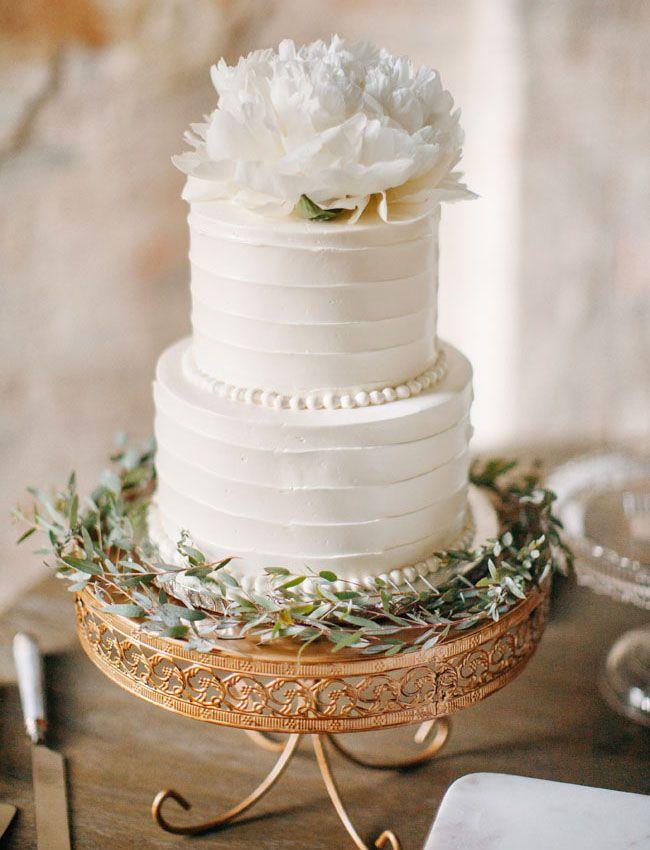 11 Simple Spring Wedding Cakes Photo White Winter Cake Simple