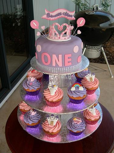 Fine 11 Princess Cupcakes 1St Birthday Cake Photo Princess First Personalised Birthday Cards Paralily Jamesorg