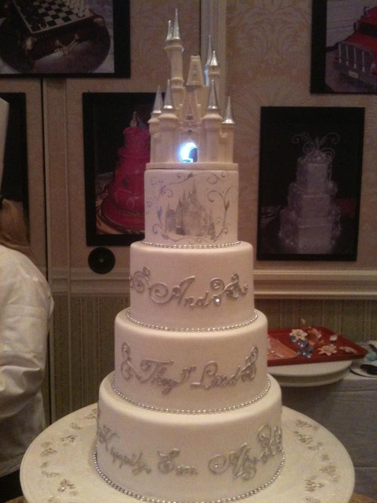 6 Princess Themed Wedding Cakes Photo Disney Wedding Cake