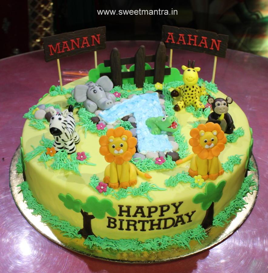 Magnificent 12 Safari Birthday Cakes For Twins Photo Safari Theme Birthday Funny Birthday Cards Online Elaedamsfinfo