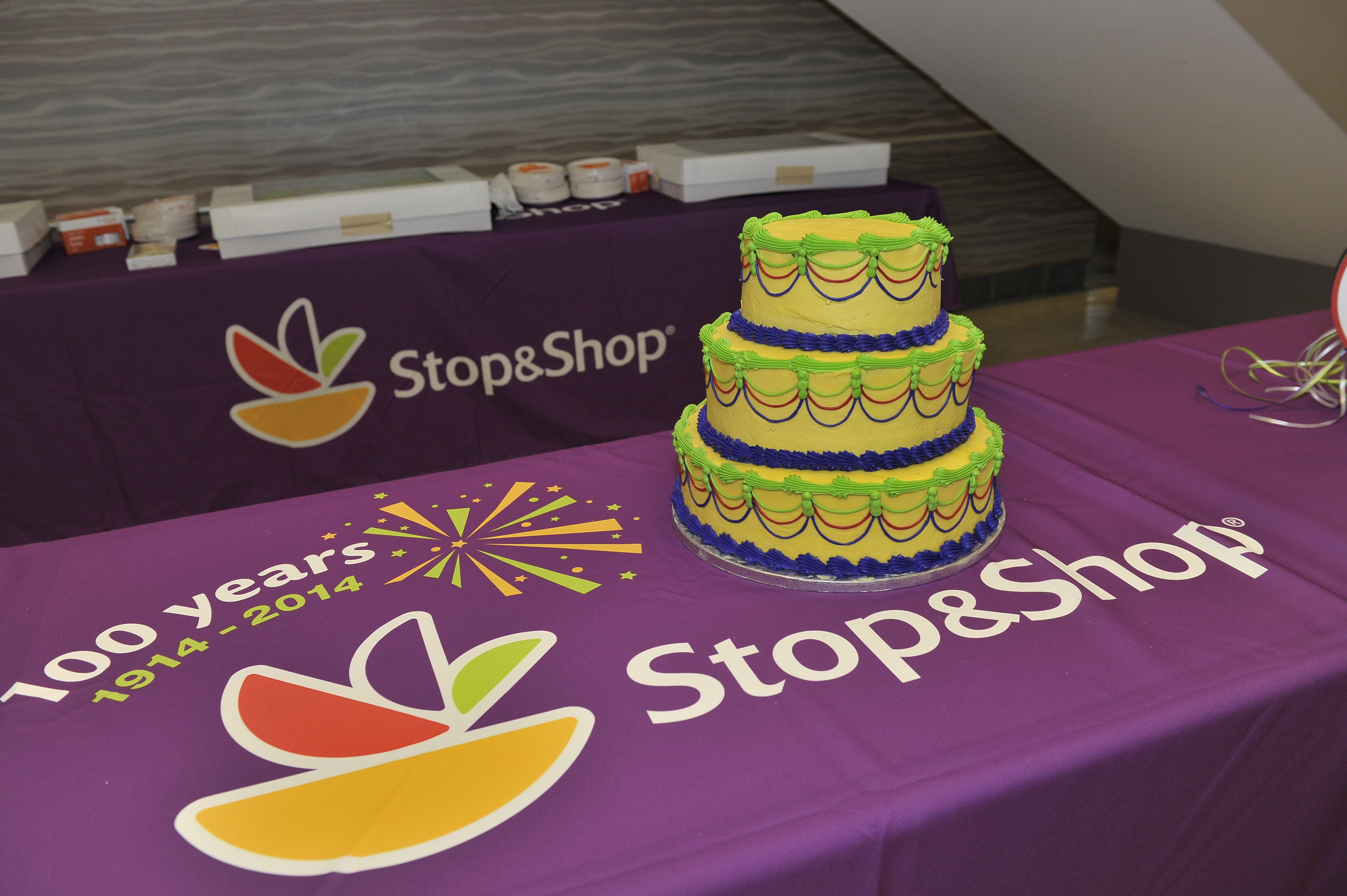 Stop And Shop Bakery Birthday Cakes - Ice Cream Cup Cakes
