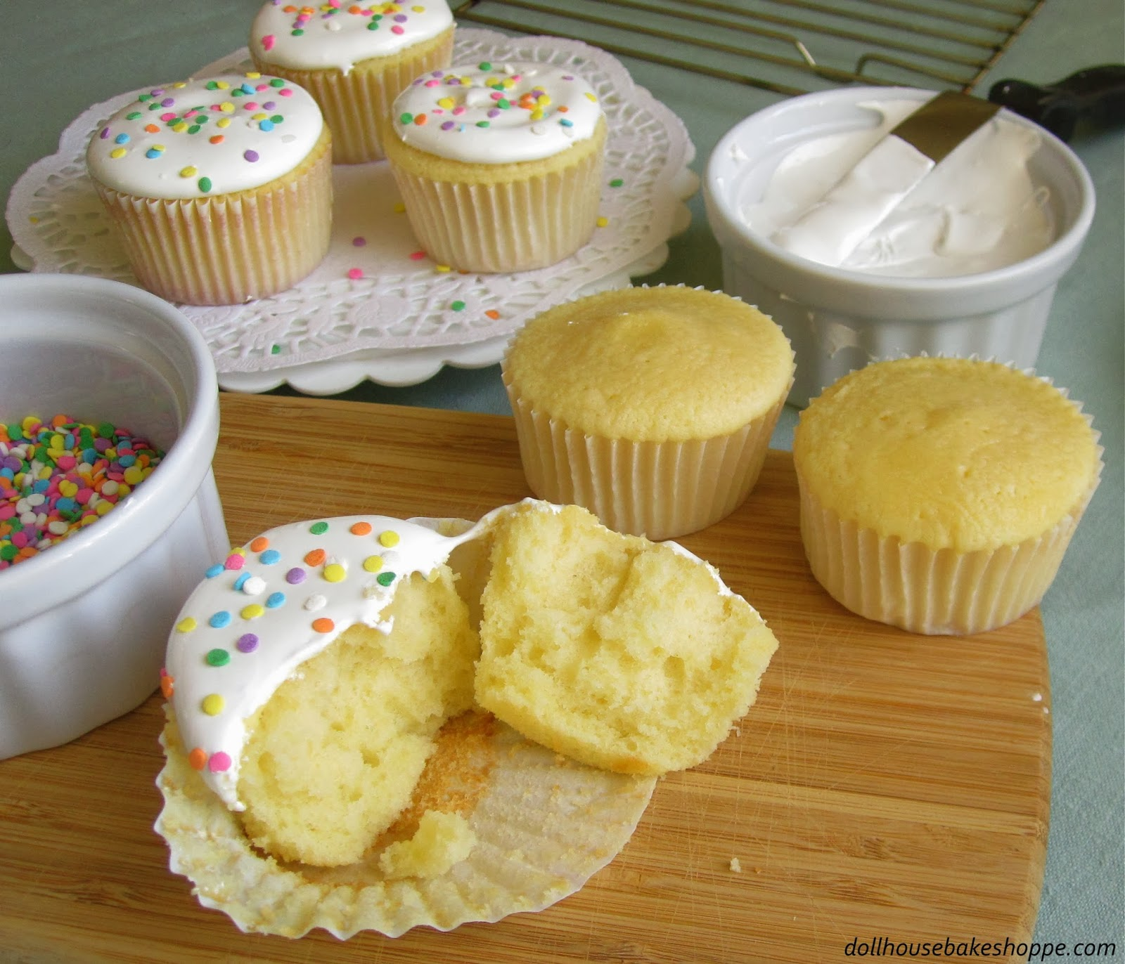 7 Moist Yellow Cupcakes From Scratch Photo Yellow Cake With