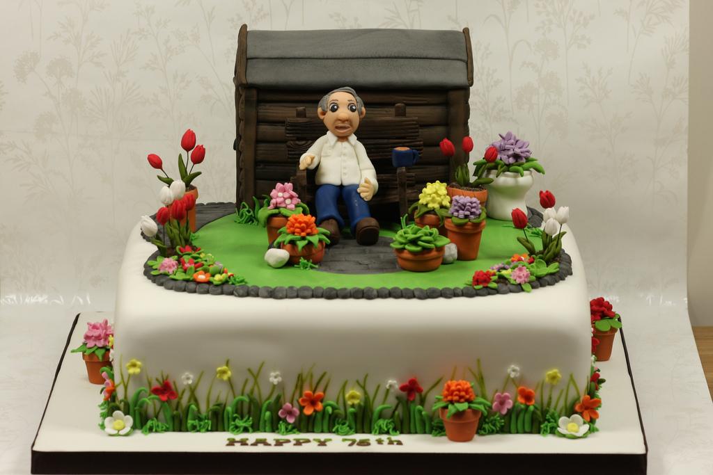 Superb 10 Gardening Cakes For Men Photo 75Th Birthday Cake Idea Happy Funny Birthday Cards Online Elaedamsfinfo