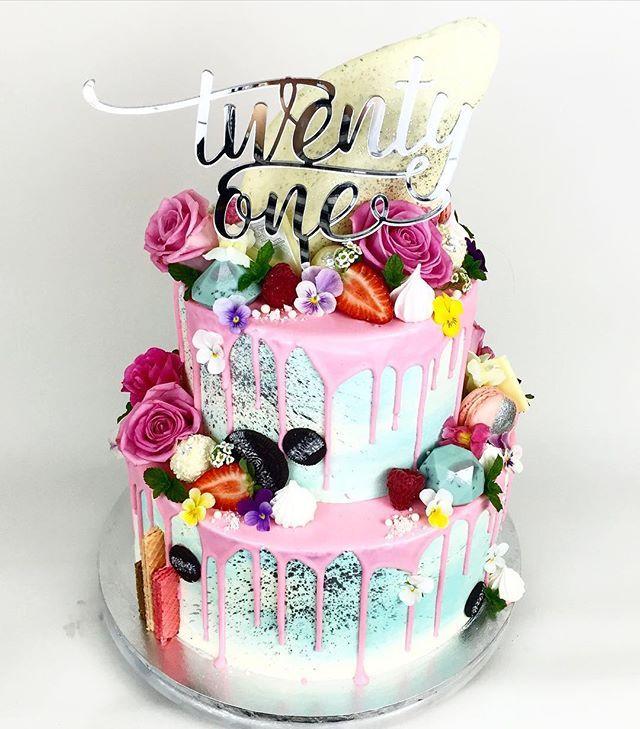 Girls 21st Birthday Cake Ideas