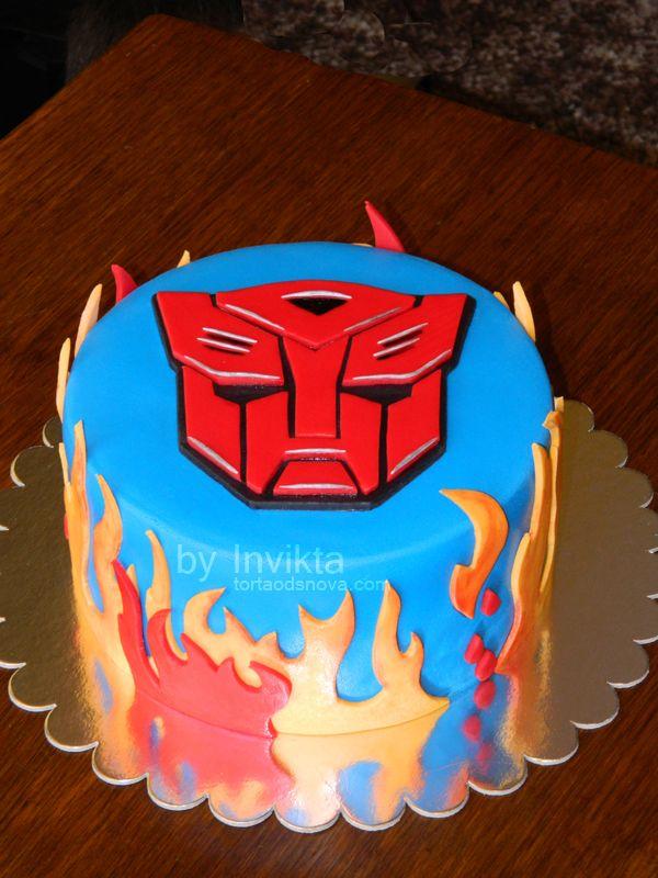Fine 8 Autobot And Decepticon Cakes Photo Transformers Birthday Cake Funny Birthday Cards Online Ioscodamsfinfo