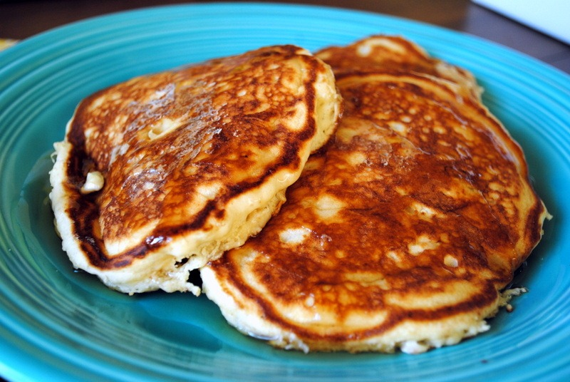 7 Banana Pancakes With Bisquick Photo Peanut Butter Pancakes With Syrup Bisquick Banana Pancakes And Bisquick Pancake Recipe On Box Snackncake