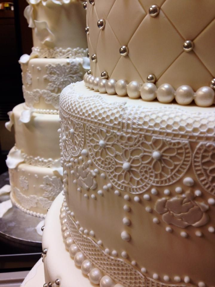 6 Spanish Custom Cakes Photo Quilted Wedding Cake Lace Spanish
