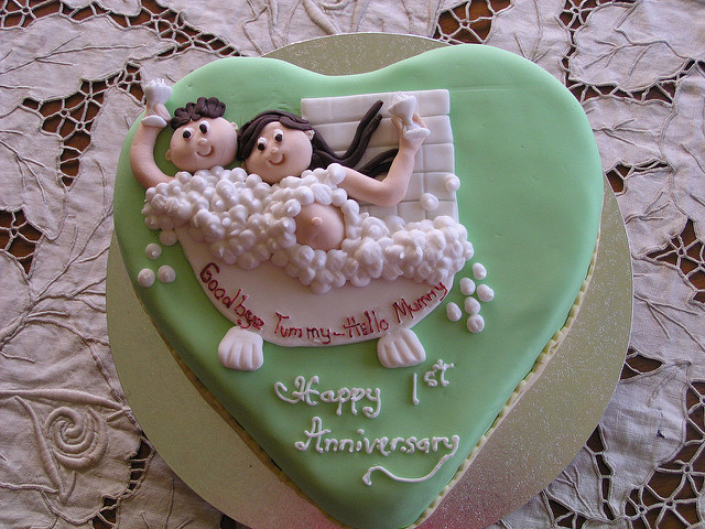 10 Cute 1st Anniversary Cakes Photo Cute Anniversary Idea Cake