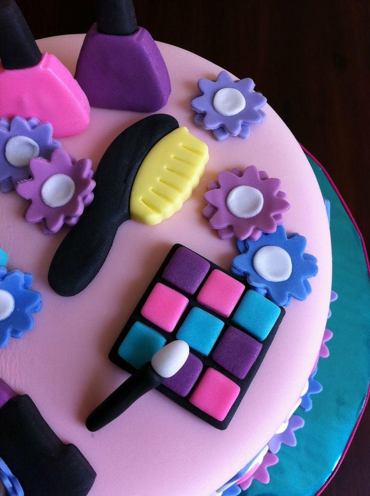 7 Years Old Girl Birthday Cake
