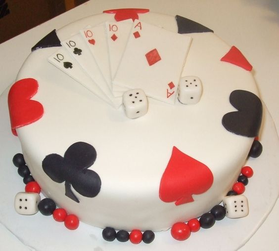 6 Playing Card Birthday Cakes Photo Playing Cards Cake Birthday