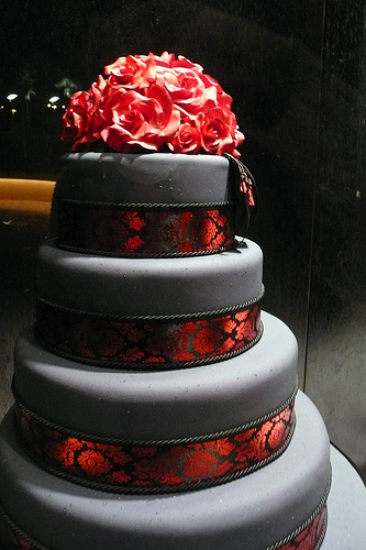 Black And Red Wedding Cakes - Wedding Photography
