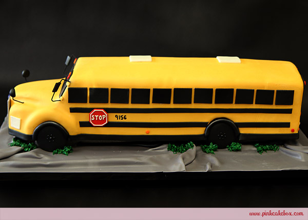 Miraculous 6 Yellow School Bus Cakes Photo School Bus Cake Year Old Personalised Birthday Cards Cominlily Jamesorg