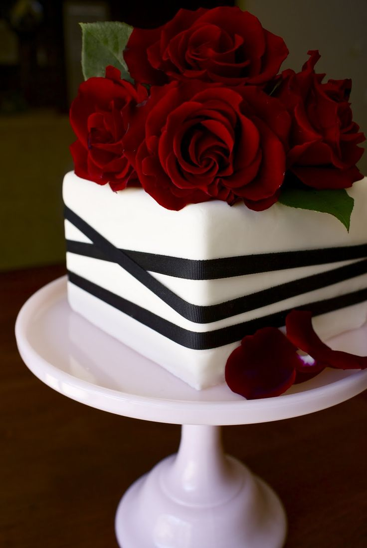 11 Wedding Anniversary Cakes With Roses Photo Blue And Silver