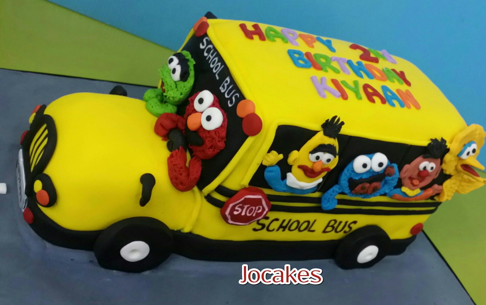6 Yellow School Bus Cakes Photo School Bus Cake Year Old Birthday