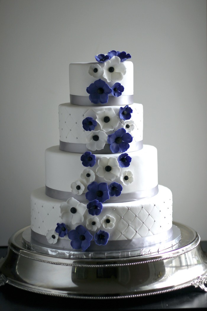 11 Flowers Purple And Silver Wedding Cakes Photo - Purple and Silver ...