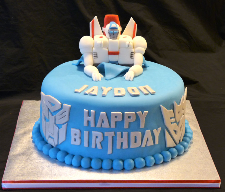 Sensational 10 Autobot Birthday Cakes Photo Transformers Birthday Party Cake Funny Birthday Cards Online Alyptdamsfinfo