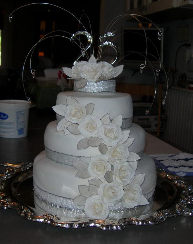13 25th Anniversary Cakes Designs Photo 25th Wedding Anniversary