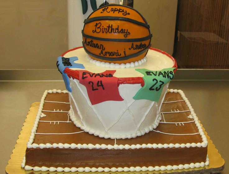Superb 11 Cupcakes Basketball Court Photo Basketball Court Cake Funny Birthday Cards Online Kookostrdamsfinfo