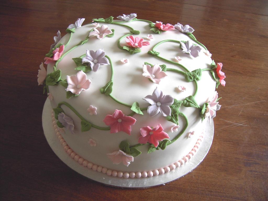 Pleasant 10 Birthday Cakes With Flowers Ideas Photo Flower Birthday Cake Birthday Cards Printable Opercafe Filternl