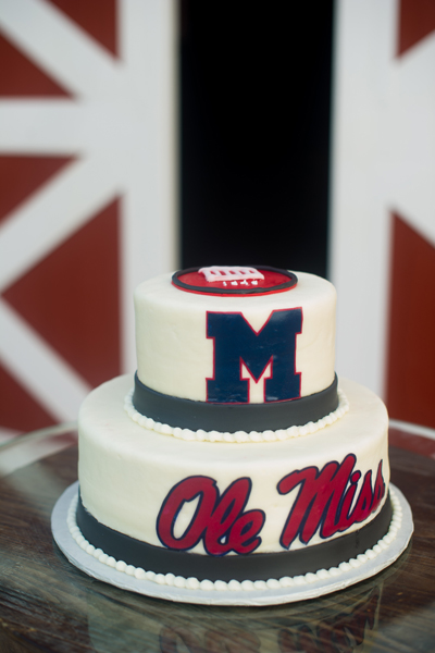 Incredible 11 Ole Miss Theme Cakes Photo Ole Miss Groom Wedding Cake Ole Funny Birthday Cards Online Fluifree Goldxyz