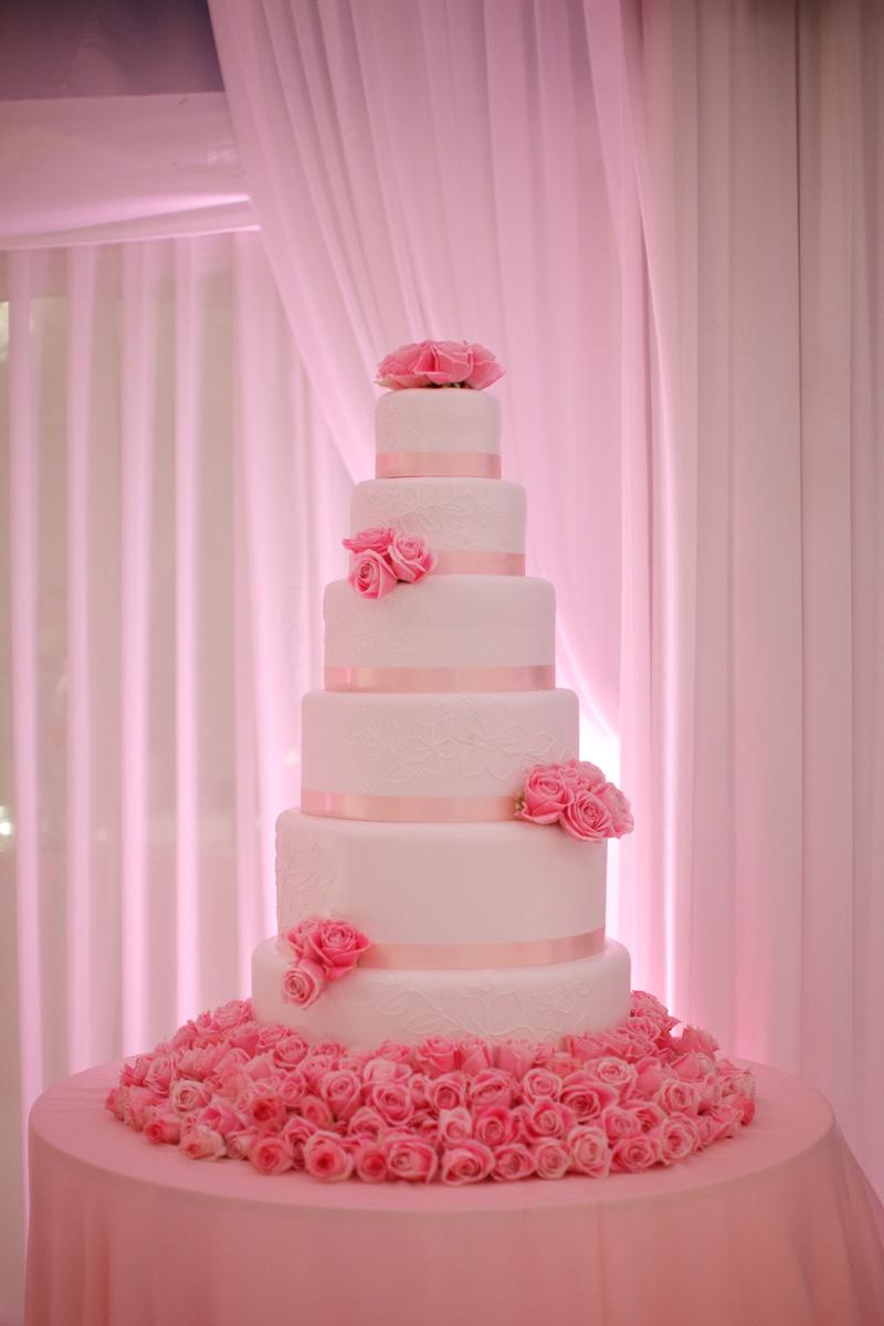 Pink and white rose wedding cake best wedding cake 2018 pink rose cascade wedding cake mightylinksfo