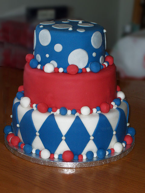 8 Blue And White Wedding Cakes With A Touch Of Red Photo Red White