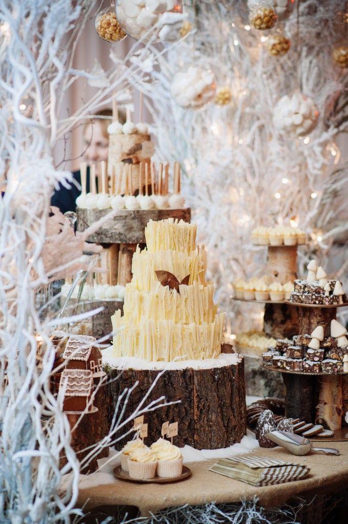 11 Snow Themed Wedding Cakes Photo Winter Wonderland Themed