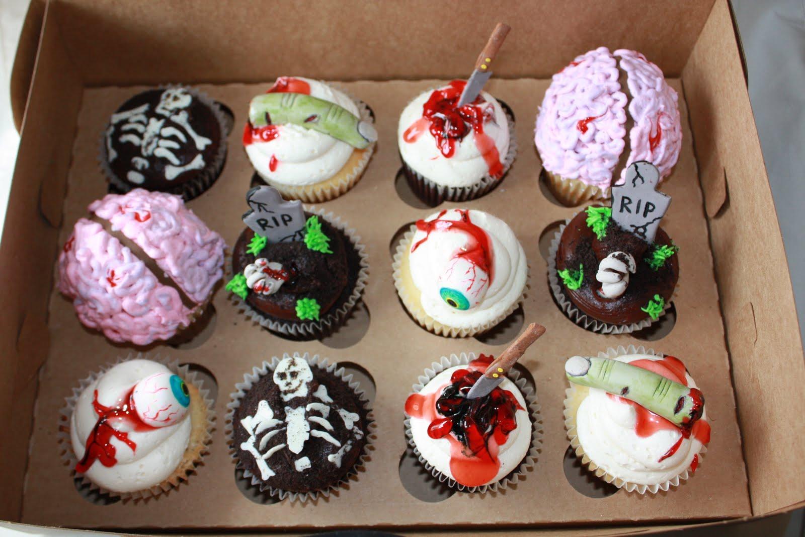 8 Gross Halloween Cupcakes Scary Photo