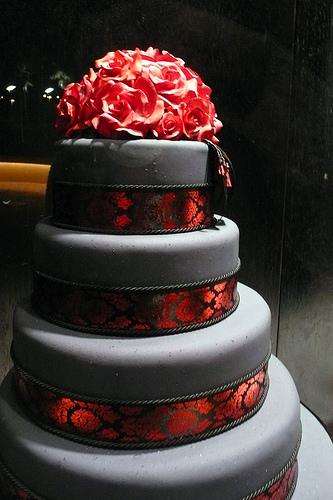 Beautiful Black And Red Wedding Cake Gallery - Wedding Dresses ...