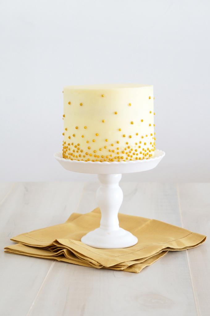 9 Elegant Bridal Shower Cakes Buttercream Photo - Elegant ...