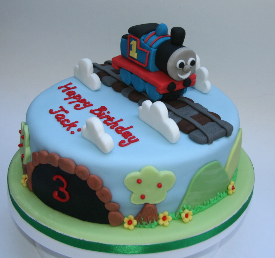 Astounding 9 Thomas The Engine Cakes Photo Thomas The Train Birthday Cakes Personalised Birthday Cards Sponlily Jamesorg