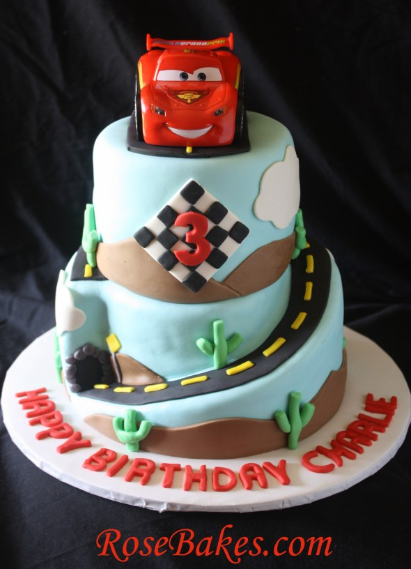 Pleasant 8 Cars The Movie Lightning Mcqueen Cakes Photo Cars Lightning Personalised Birthday Cards Veneteletsinfo
