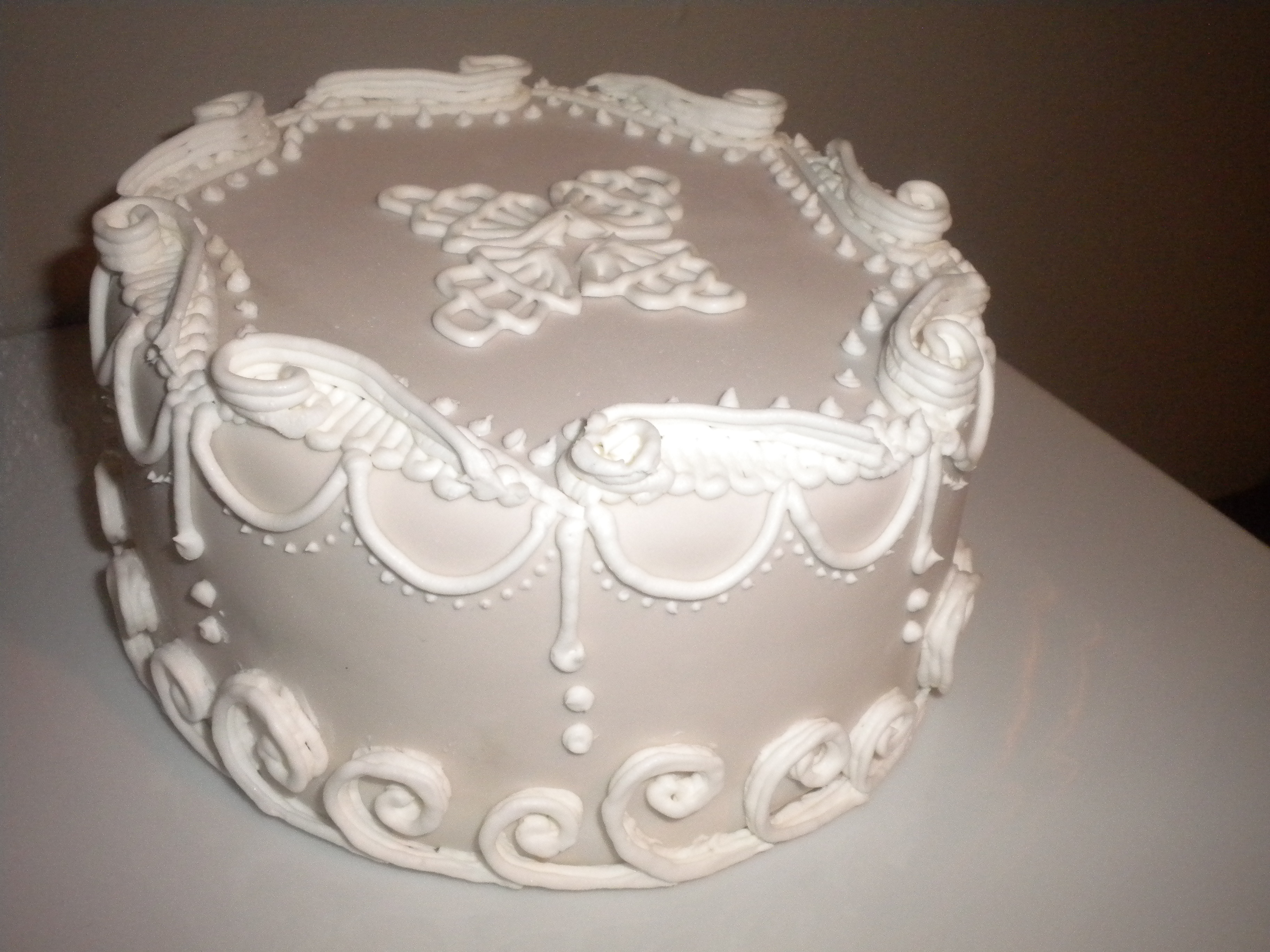 decorating wedding cakes with royal icing 11 royal frosting decorations cakes photo cake 13416
