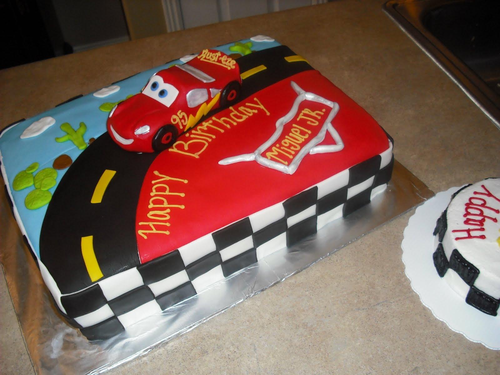 Terrific 11 Auto Mobile Cakes Photo Race Car Birthday Cake Disney Cars Funny Birthday Cards Online Alyptdamsfinfo