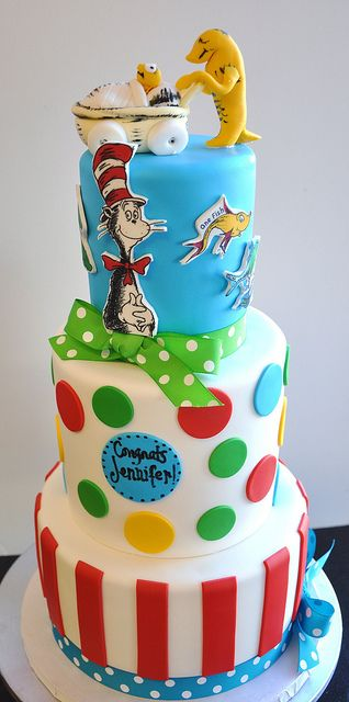 9 Dr Seuss Baby Bump Cakes Photo Dr Seuss Cake Dr Seuss