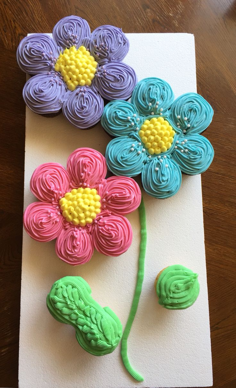 Flower Pull Apart Cupcake Cake Ideas
