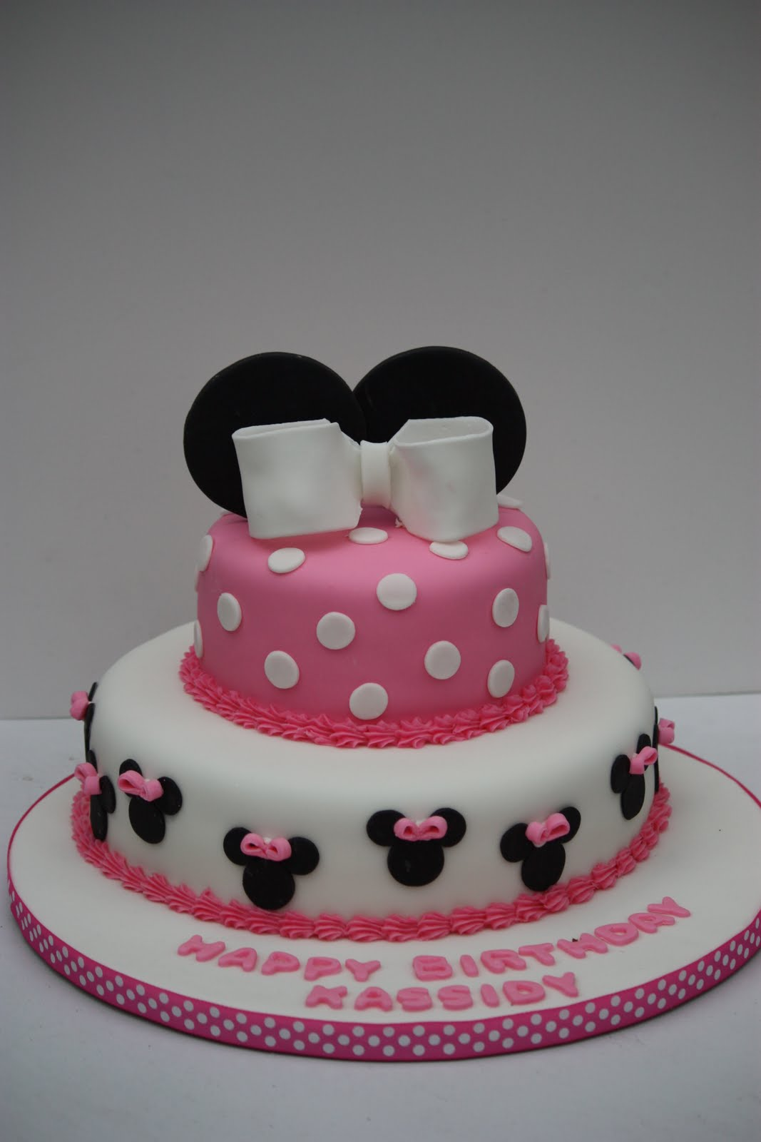 7 Minnie Mouse Cakes By Design Photo Minnie Mouse Birthday Cake