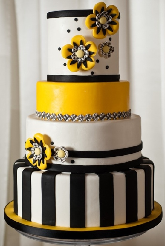 11 Yellow And Black Sweet 16 Birthday Cakes Photo Black And White