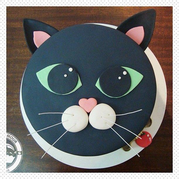 Marvelous 10 Simple Cat Birthday Cakes Photo Kitty Cat Birthday Cake Cat Funny Birthday Cards Online Hetedamsfinfo