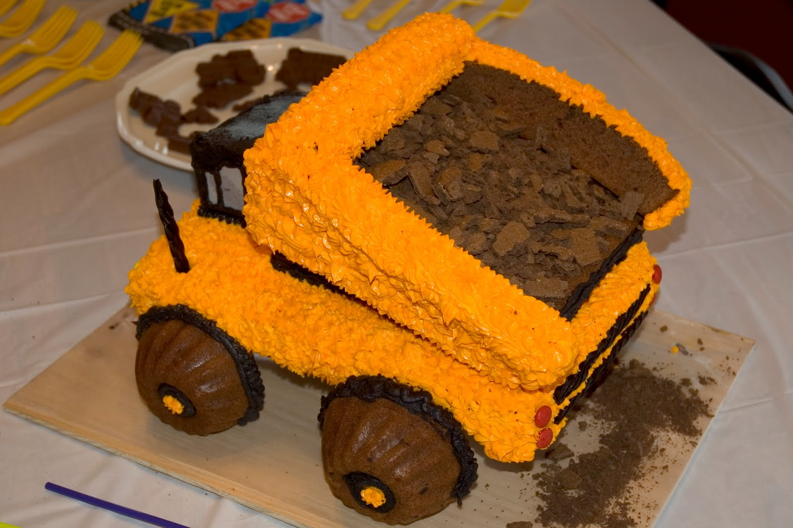 Awesome 5 Dump Trucks With Cakes Photo Dump Truck Cake Dump Truck Funny Birthday Cards Online Elaedamsfinfo
