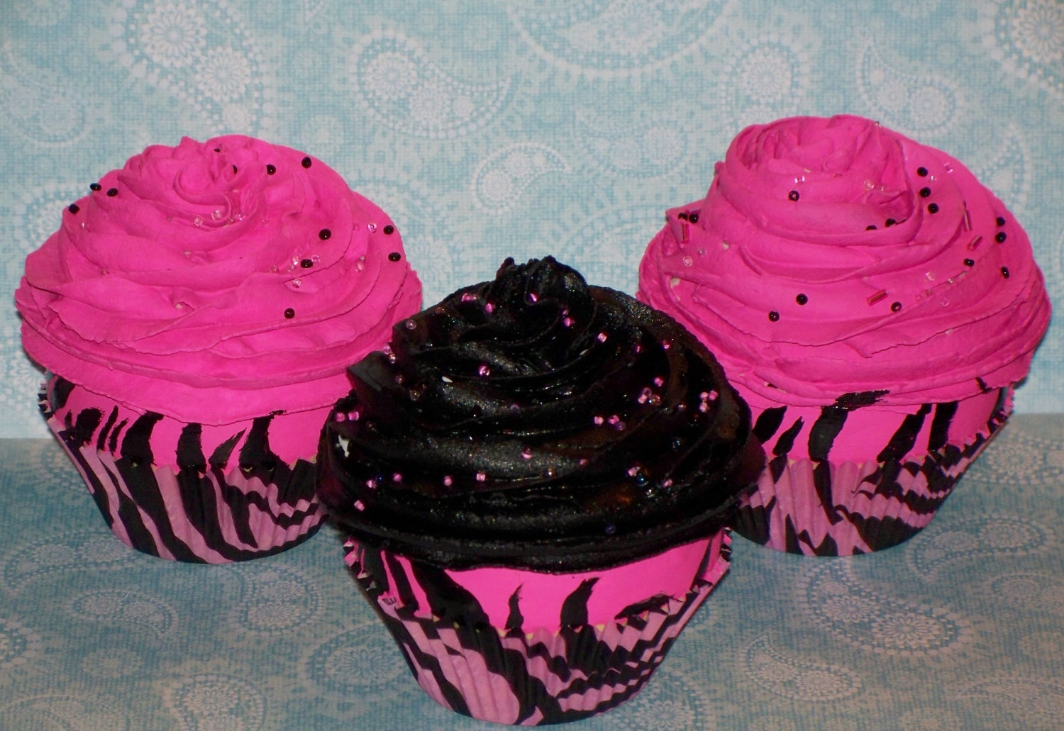 11 Pink And Black Zebra Cupcakes Photo Pink Zebra Cupcakes Pink
