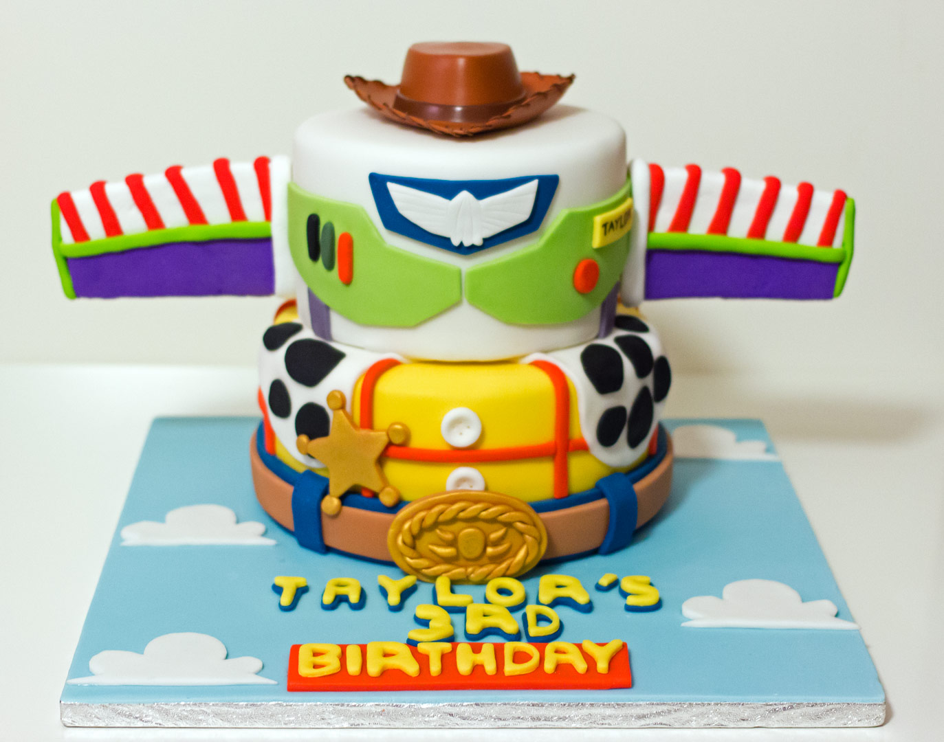 Brilliant 11 Buzz And Woody Cupcakes Ideas Photo Toy Story Buzz And Woody Funny Birthday Cards Online Inifofree Goldxyz