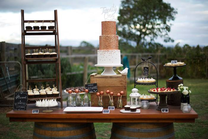 Rustic Cake Stand Ideas