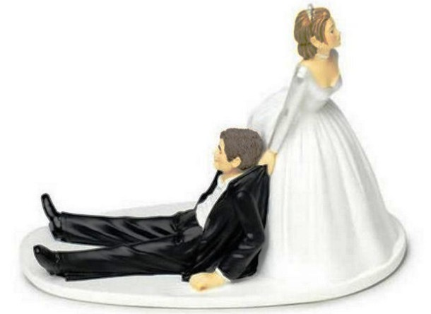 13 Funny Wedding Car Cake Toppers For Cakes Photo Car Wedding Cake